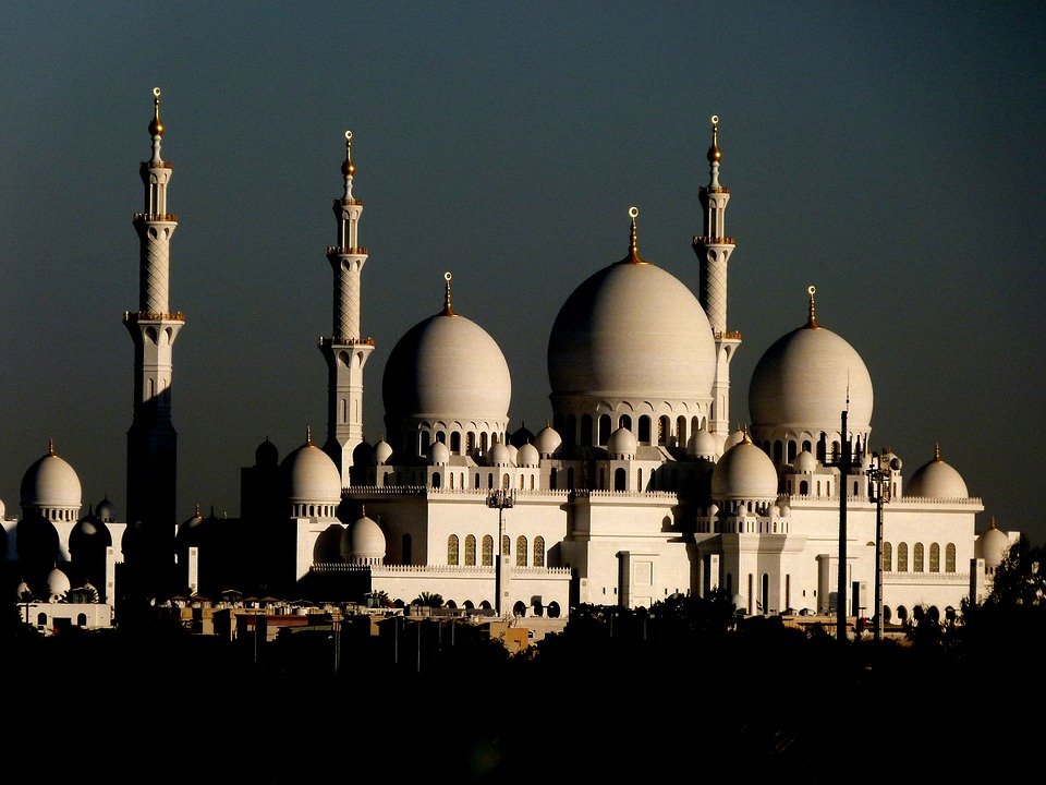 abudhabisheikhzayedmosque - Discover the Sheikh Zayed Mosque. [A Thing To Do Tomorrow]