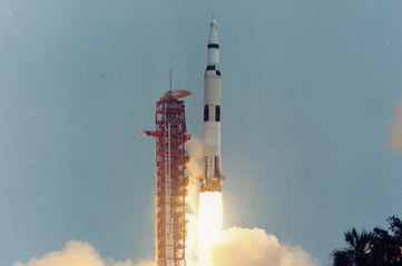apollo13launch - Discover how Apollo 13 had a problem. [ATTDT]