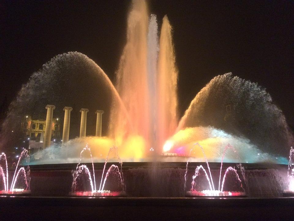 barcelonamagicfountain - Marvel at the Magic Fountain light show. [A Thing To Do Tomorrow]