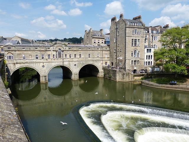 bathpoultneybridge - Discover the secrets of Bath's beautiful buildings. [ATTDT]