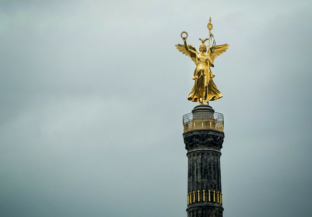 berlinsiegessaule - Climb the Siegessäule. [A Thing To Do Tomorrow]