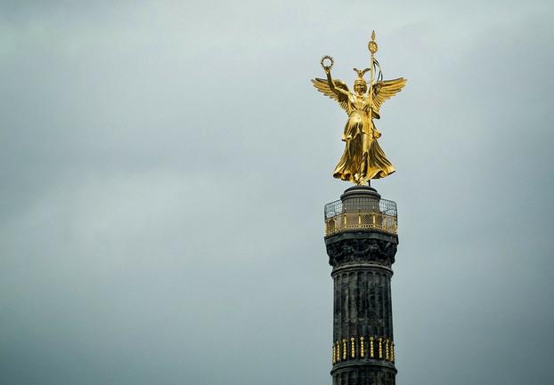 berlinsiegessaule - Climb the Siegessäule. [ATTDT]