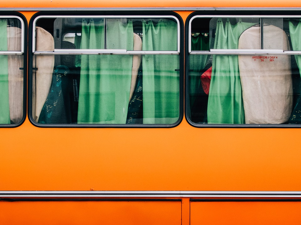 buswindows - Take a bus trip back in time. [ATTDT]