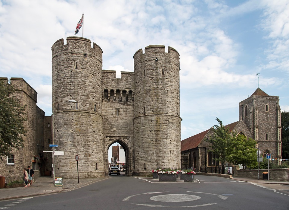 canterburywestgate - Discover the gateway to Canterbury's history. [ATTDT]