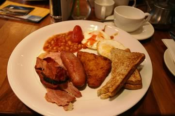 englishbreakfast - Have a critically-acclaimed Sunday brunch. [ATTDT]