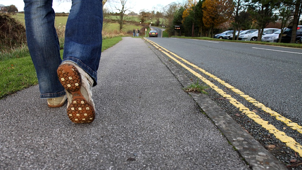 feetwalkcountryroad - Virtually walk through a literary landscape in Somerset. [ATTDT]