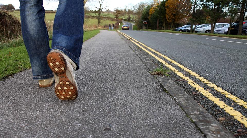 feetwalkcountryroad - Walk through a philanthropist's dream village. [A Thing To Do Tomorrow]
