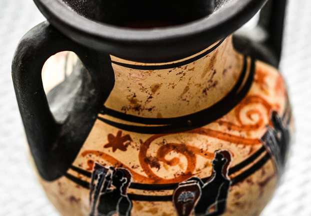greekvase - Explore the objects that tell the story of Greece. [ATTDT]