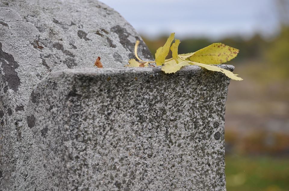 headstoneleaf - Uncover the secrets of the graves in Bunhill Fields. [A Thing To Do Tomorrow]