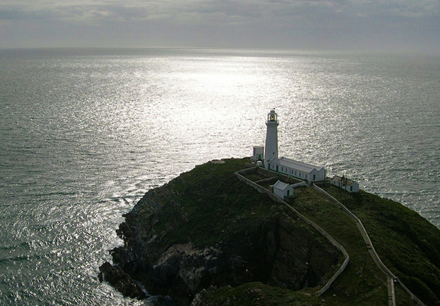 holyheadsouthstack - See the sea panoramically from South Stack. [ATTDT]