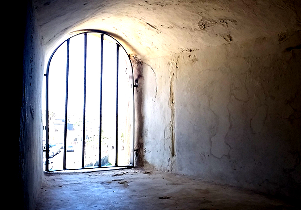jailbars - Be arrested by the history of Dartmoor Prison. [ATTDT]