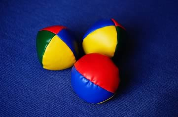 jugglingballs - Learn how to juggle. [ATTDT]