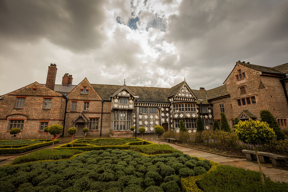 manchesterordsallhall - Discover the story of Ordshall Hall. [ATTDT]
