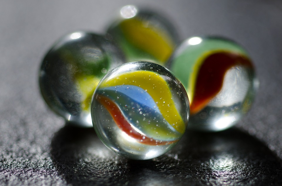 marbles - Marvel at marbles. [ATTDT]