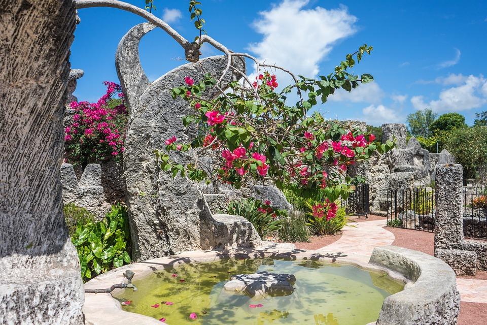 miamicoralcastle - Come inside a curious coral castle. [ATTDT]