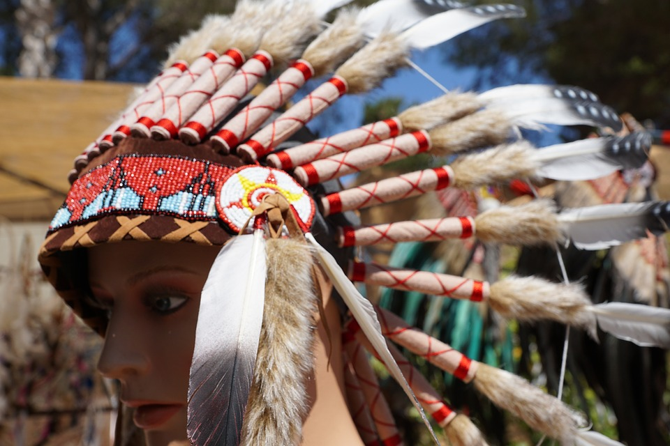 nativeamericanheaddress - Discover Native American history in Ashburton. [ATTDT]