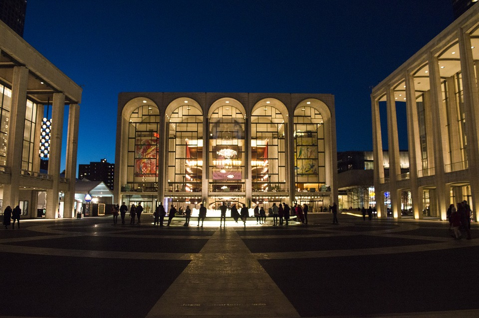 nycmetopera - Get a daily dose of opera at the Met. [ATTDT]
