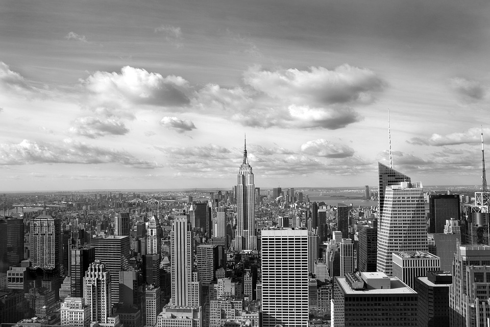 nycskyscrapersbw - Find NYC's starring roles on the silver screen. [ATTDT]