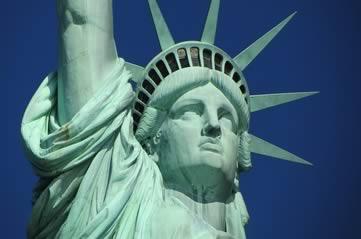 nyliberty - See Liberty taking a selfie. [ATTDT]