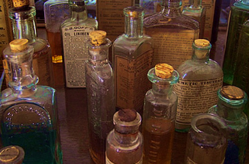 oldmedicines - Treat yourself to a glimpse of Milwaukee's past. [ATTDT]