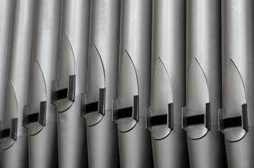 organpipes - Wallow in organ music this lunchtime. [ATTDT]