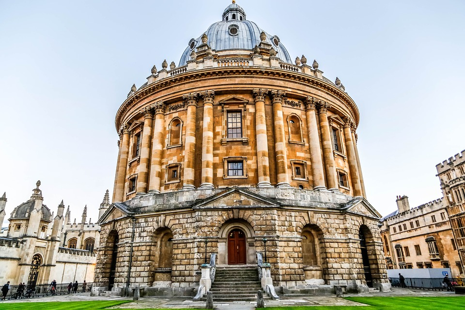 oxfordradcliffecamera - Explore the secrets of the Bodleian. [ATTDT]