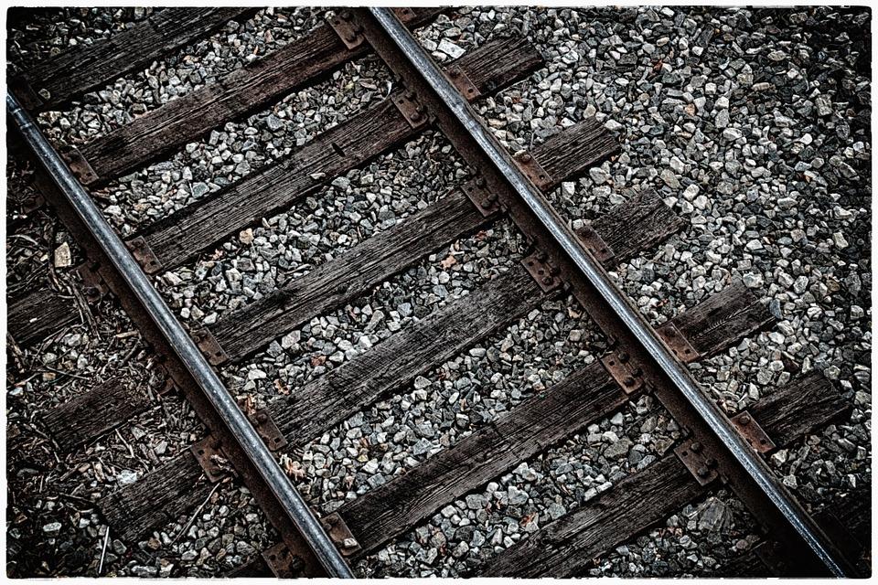 railtrackabove - Drive the Metro. [ATTDT]