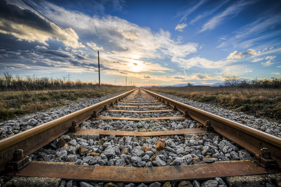railtracksky - Track down a beautiful view of Kentucky. [ATTDT]