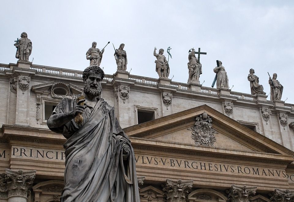 romestpetersstatues - Name the Popes! [A Thing To Do Tomorrow]