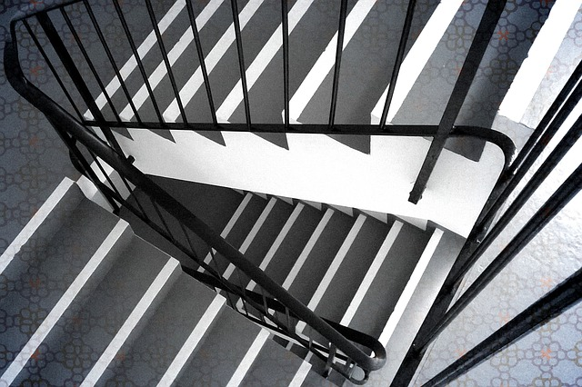 staircase - Step into the impossible world of Escher. [ATTDT]