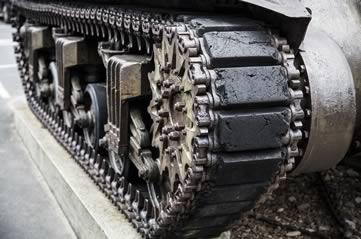 tanktrack - Make tracks to see Ottawa's tanks. [ATTDT]