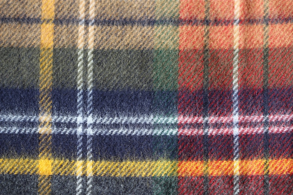 tartan - See the making of a kilt in Selkirk. [ATTDT]