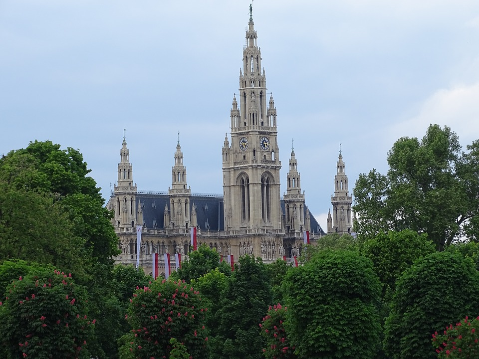 viennarathaus - See the secrets of the Rathaus. [ATTDT]