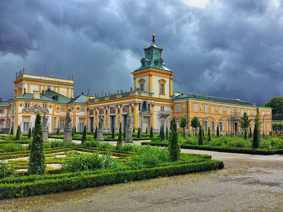 warsawwilanowpalace - Wander through Wilanów for free. [A Thing To Do Tomorrow]