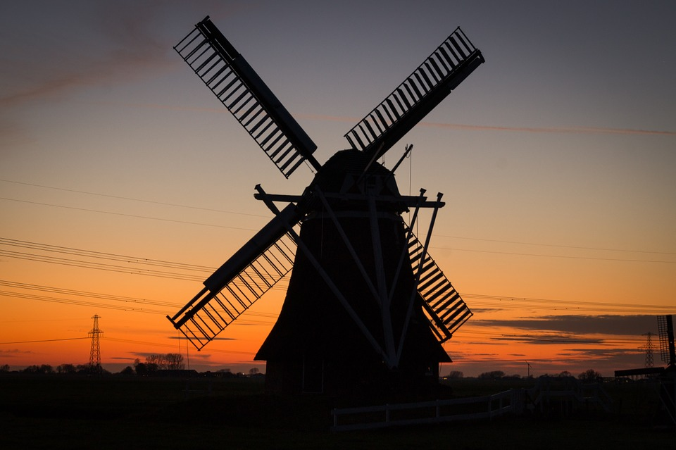 windmillsilhouette - Explore Lincoln Edge's last mill. [ATTDT]